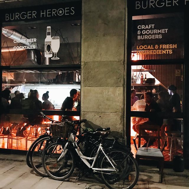 Héroes Burger in Gothic quarter
