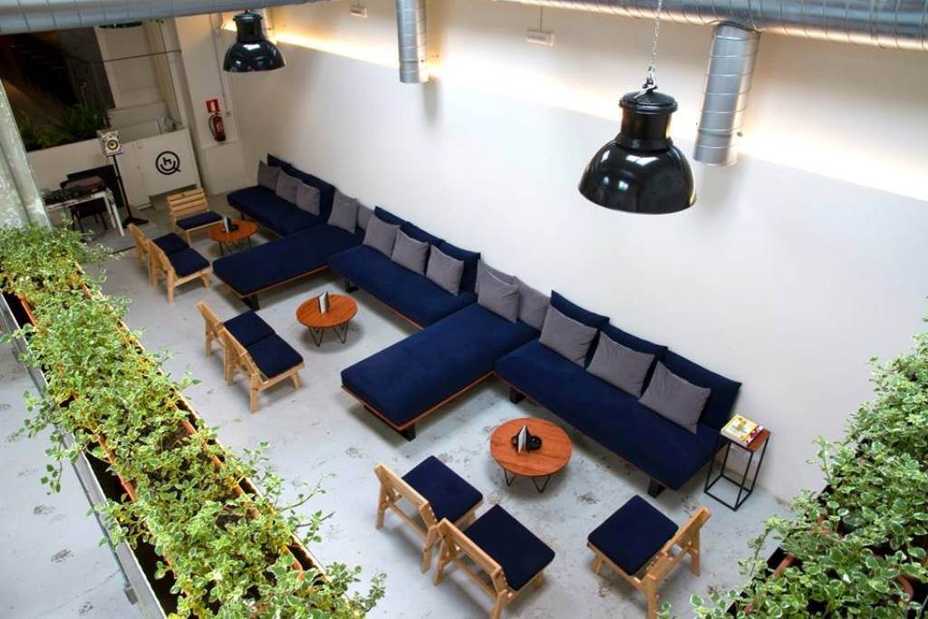 large soft sofas for smoking cannabis in HQ Lab